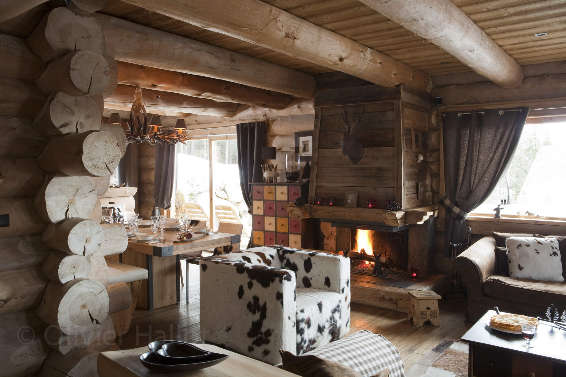 Chalets nordika constructeur bois bolqu re pyr n es 2000 font romeu les angles vente de - Chalet cheminee montagne ...