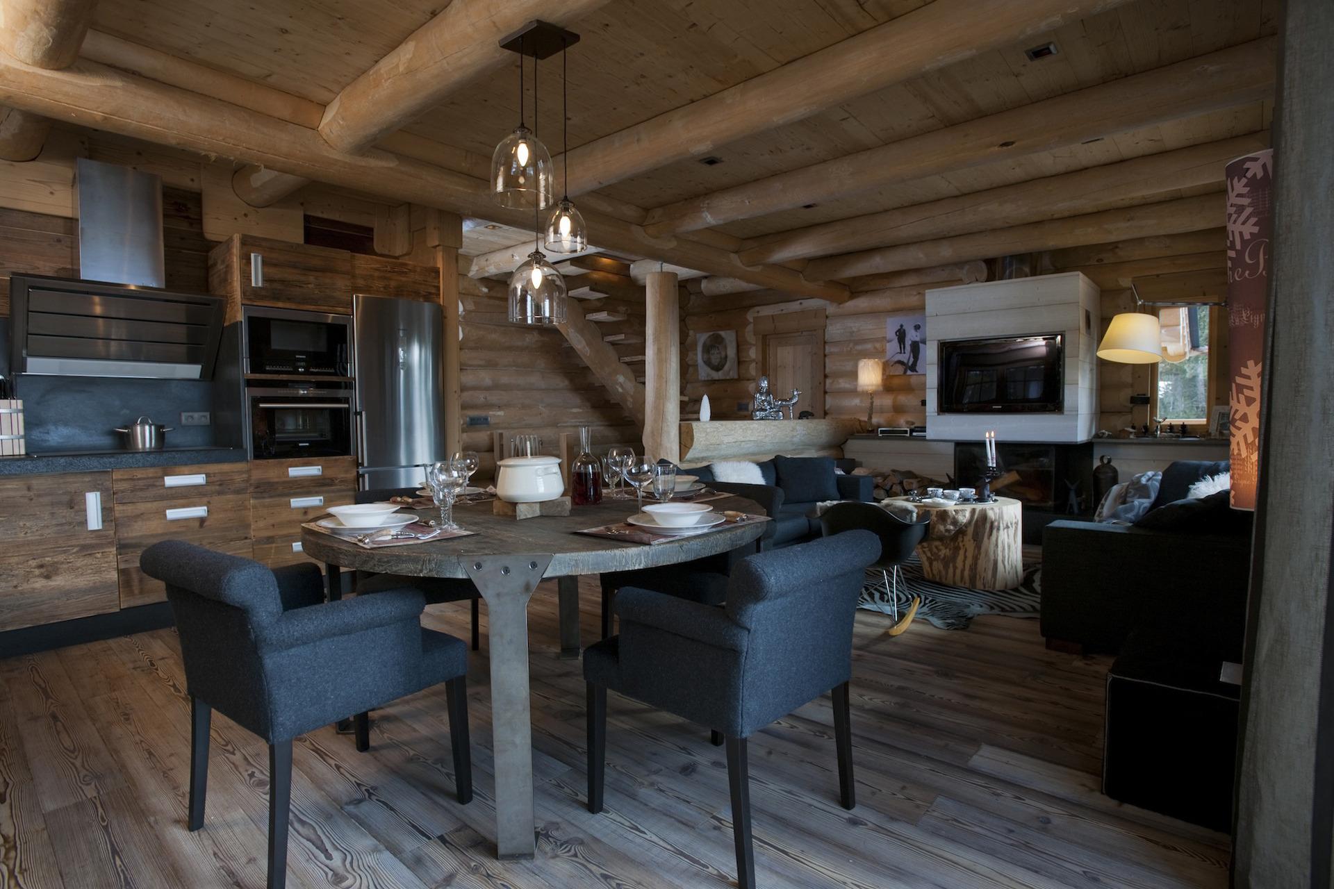 Chalets nordika constructeur bois bolqu re pyr n es for Salle a manger de luxe en bois